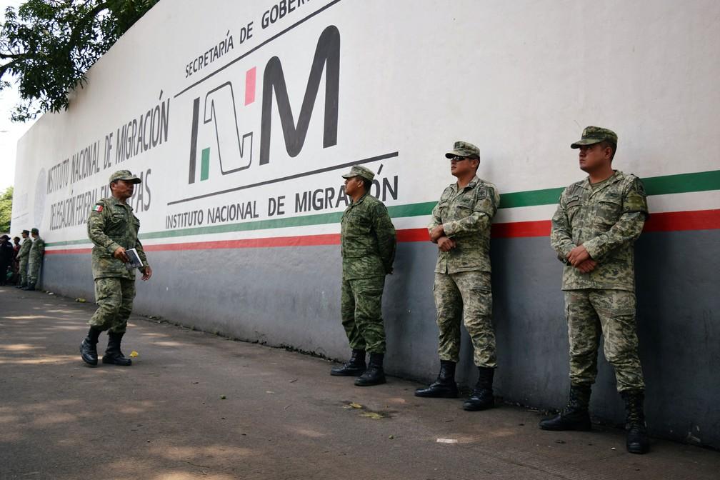 Soldados da Guarda Nacional do México em Tapachula, cidade próxima à fronteira com a Guatemala — Foto: Jose Torres/Arquivo/Reuters
