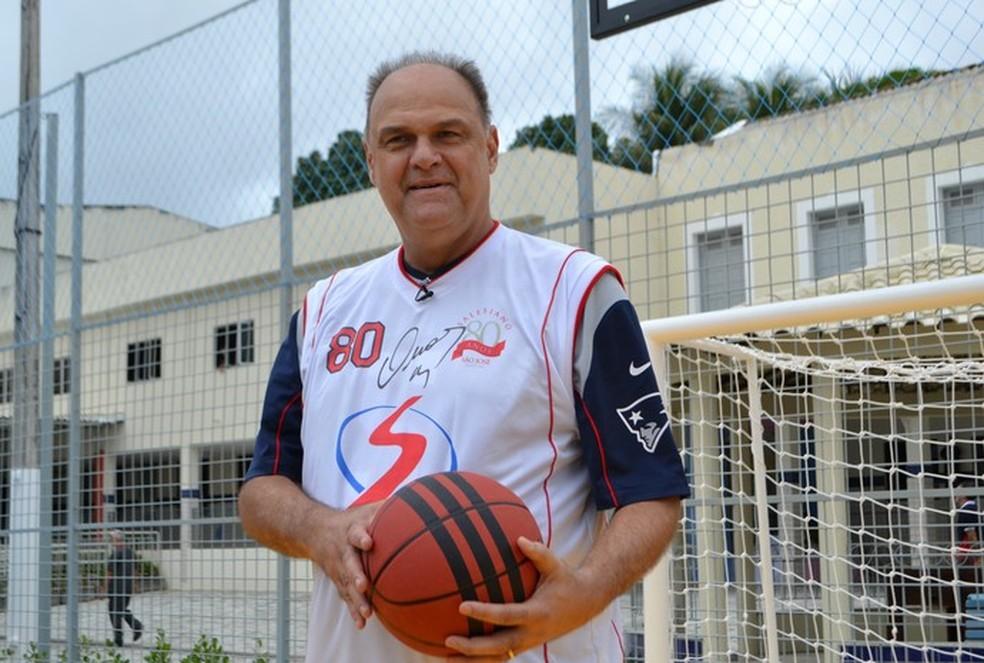 Oscar Schmidt esteve em Natal para a festa dos 80 anos do Salesiano São José  — Foto: Jocaff Souza/GloboEsporte.com