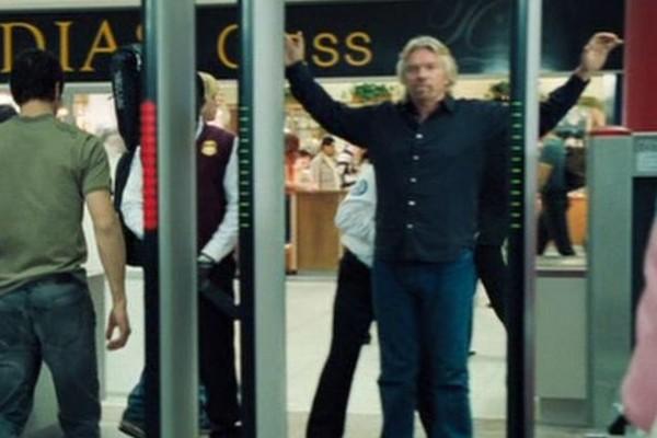 Richard Branson em 007 - Cassino Royale (2006) (Foto: Reprodução)
