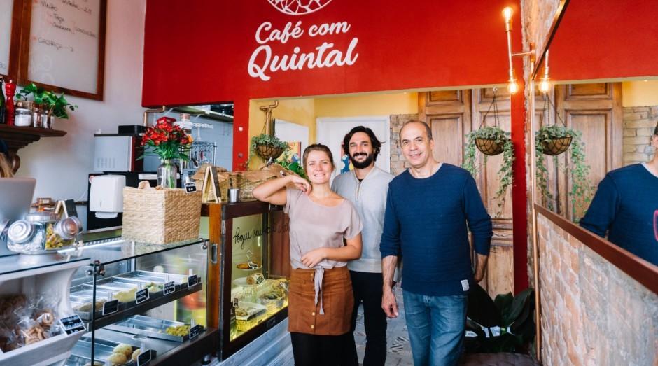 """Café aposta em receitas caseiras e """"quintal de avó"""" para atrair paulistanos"""