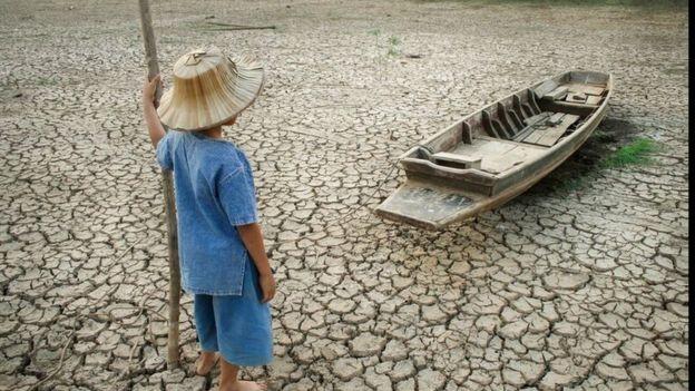 Muitas partes do mundo podem se tornar inabitáveis neste cenário (Foto: Getty Images via BBC)