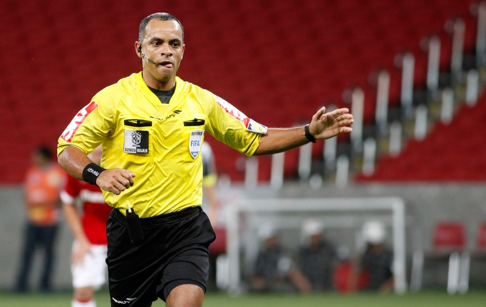 Wilton Pereira Sampaio faz parte do quadro da Fifa desde 2013 (Foto: Wesley Santos / Agência Press Digital)