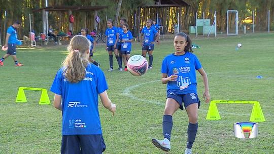 Vídeo: O sonho e as dificuldades de se tornar atleta de futebol feminino