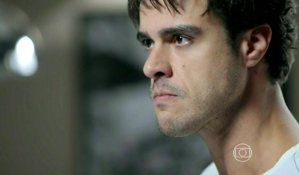 Enrico (Joaquim Lopes) desiste do casamento com Maria Clara (Andréia Horta) - 'Império' — Foto: Globo