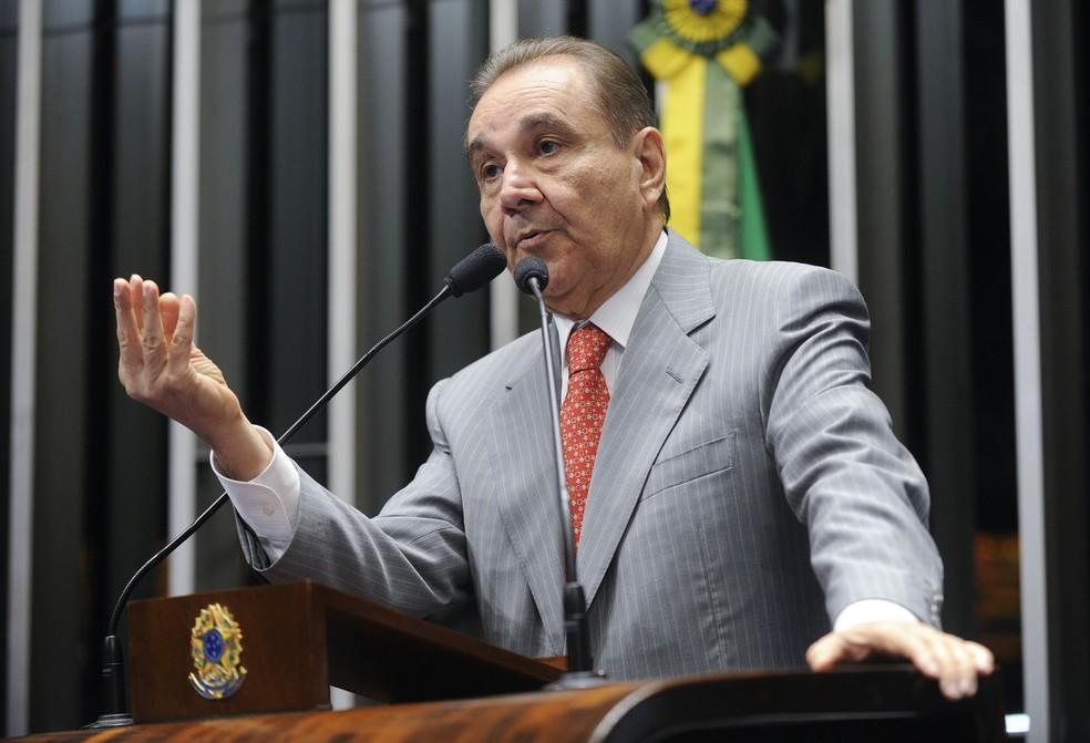 O senador Agripino Maia (DEM-RN) teve a aposentadoria vitalícia cassada pela Justiça (Foto: Moreira Mariz/Agência Senado)