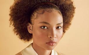 Um guia dos cabelos saudáveis usando apenas ingredientes naturais