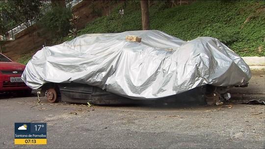 Remoção de carros abandonados em ruas de SP cai 82% sob gestão Doria