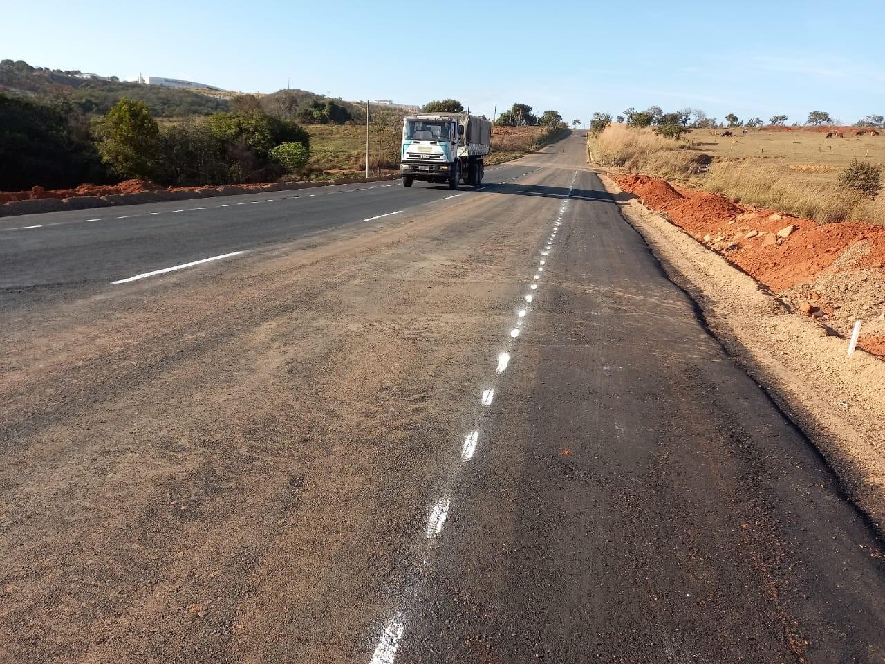 Passagem de veículos é liberada após obras em trecho da MGC-462 que desabou entre Patrocínio e Perdizes