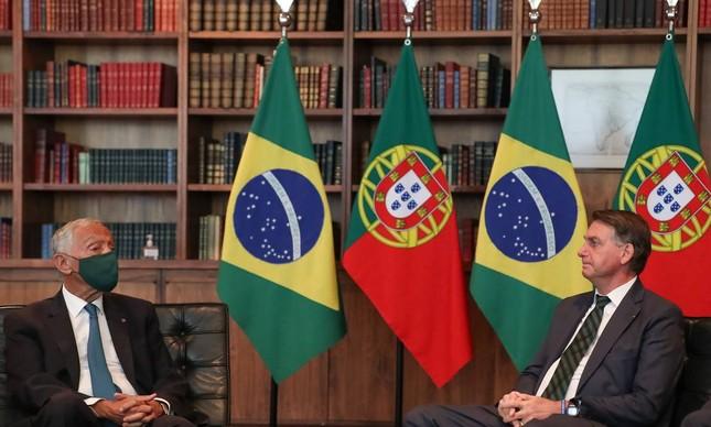 O presidente de Portugal, Marcelo Rebelo de Sousa, é recebido pelo presidente Jair Bolsonaro