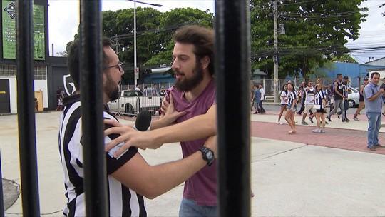 Em Botafogo x Corinthians, jogadores respondem perguntas do Enem e relembram prova
