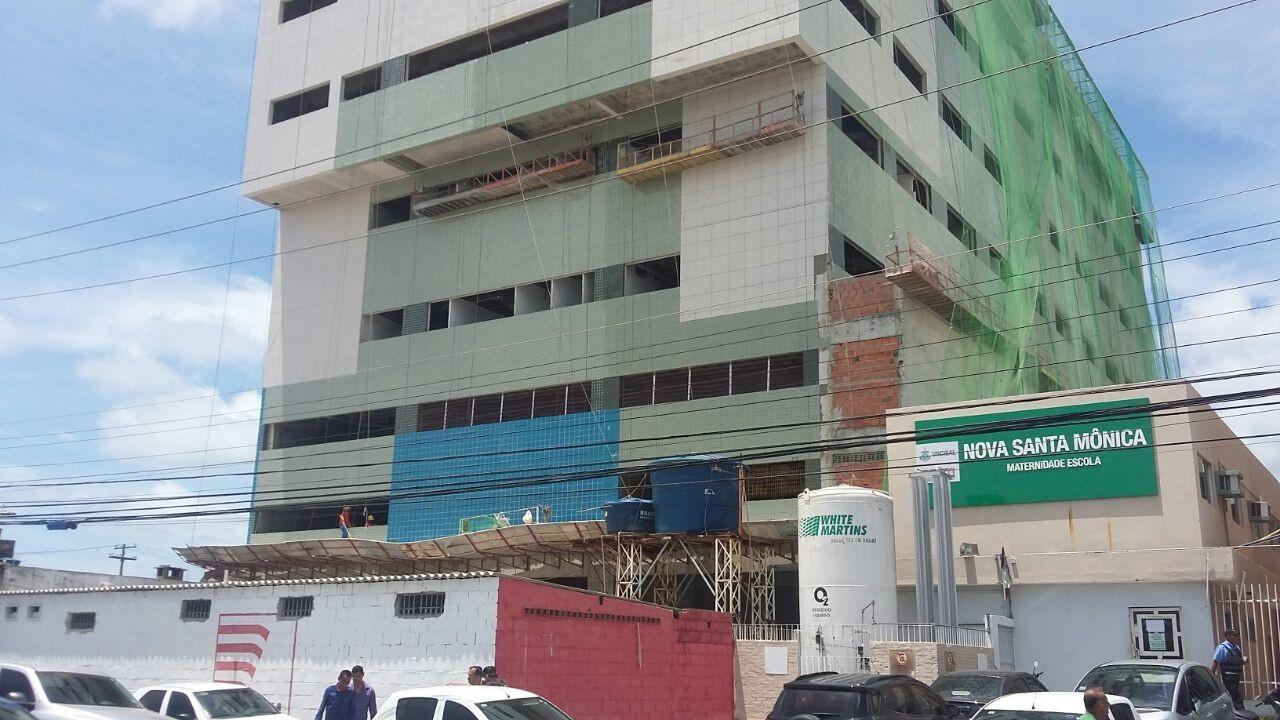 Profissionais que vão atuar no Hospital da Mulher devem ser contratados por Organização Social, diz governador de AL
