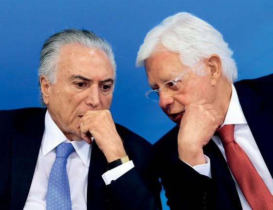 Michel Temer e Moreira Franco (Foto: Jorge William /Agência O Globo)