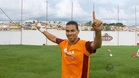 Lateral Wendel, ex-Palmeiras, marca pelo Boa e encerra jejum de 10 anos