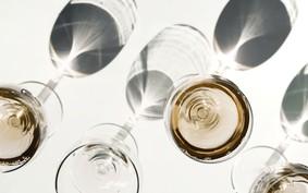 Os 8 melhores vinhos brancos por até R$ 60