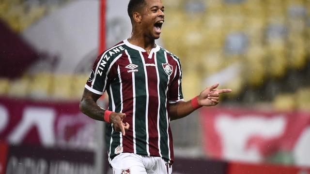 Caio Paulista entrou e mudou o jogo junto com Cazares