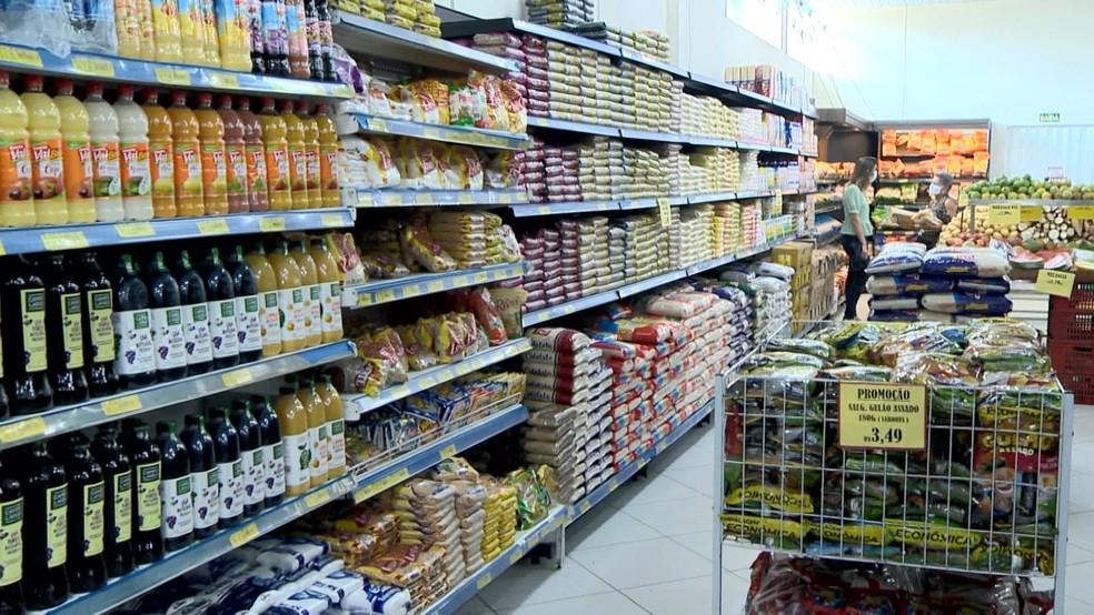 Preço subiu nos produtos em Natal — Foto: Reprodução/TV Gazeta