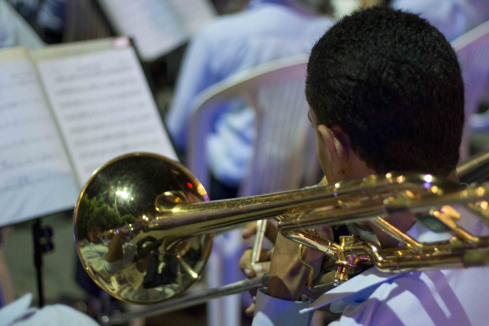 Grupo trabalha na formação de jovens músicos de Goiana (Foto: Costa Neto/Divulgação)