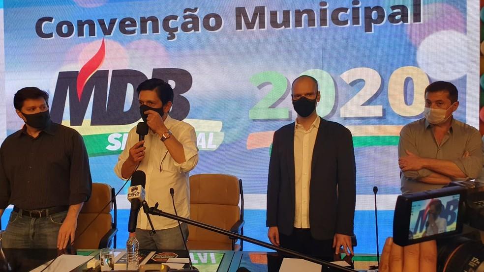 Presidente municipal do MDB, o vereador Ricardo Nunes discursa na convenção do partido que decidiu por apoiar Bruno Covas na disputa pela Prefeitura de São Paulo em 2020. — Foto: Marina Pinhoni/G1