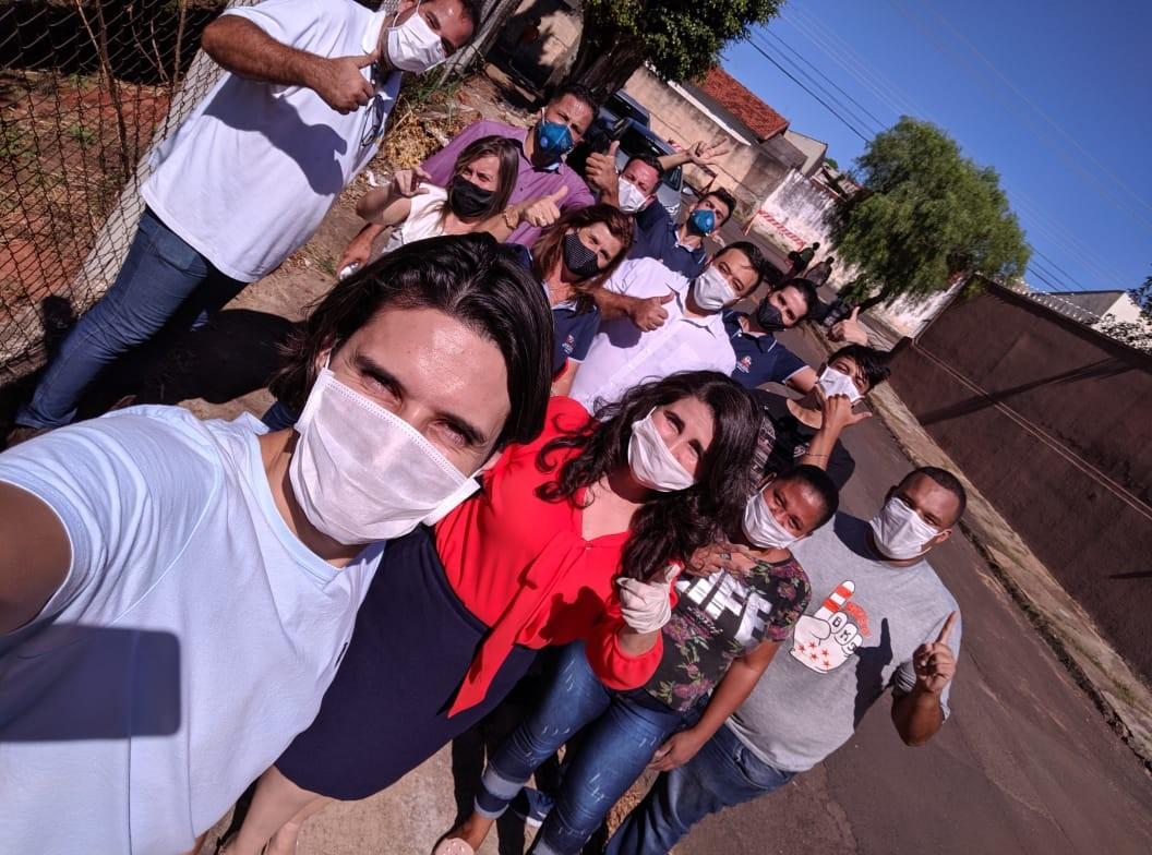 Fundo Social entrega cestas básicas em bairros da zona Sul e no distrito de Avencas, em Marília