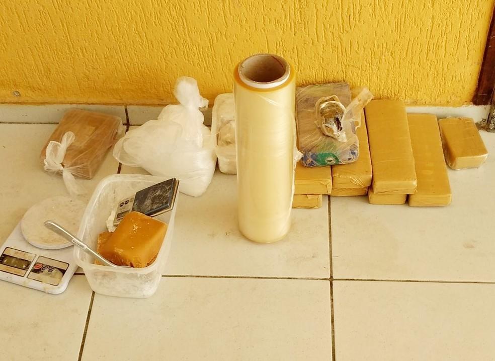 Drogas foram apreendidas graças a uma denúncia anônima feita ao Disque Denúncia do Gaeco (Foto: MP/Divulgação)