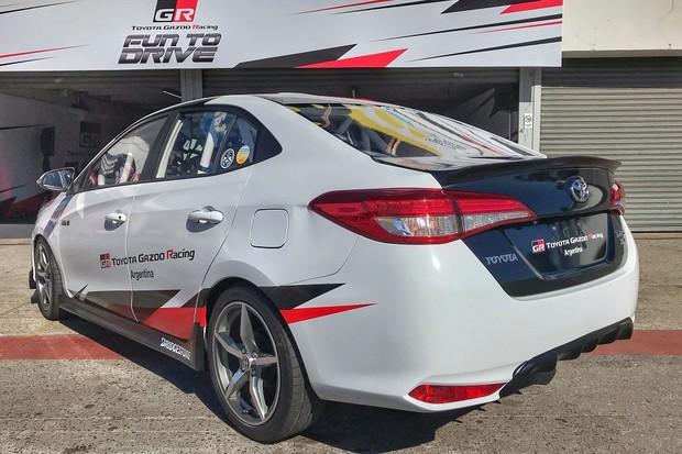 Toyota Yaris GRS (Gazoo Racing Sport) (Foto: Diogo de Oliveira/Autoesporte)