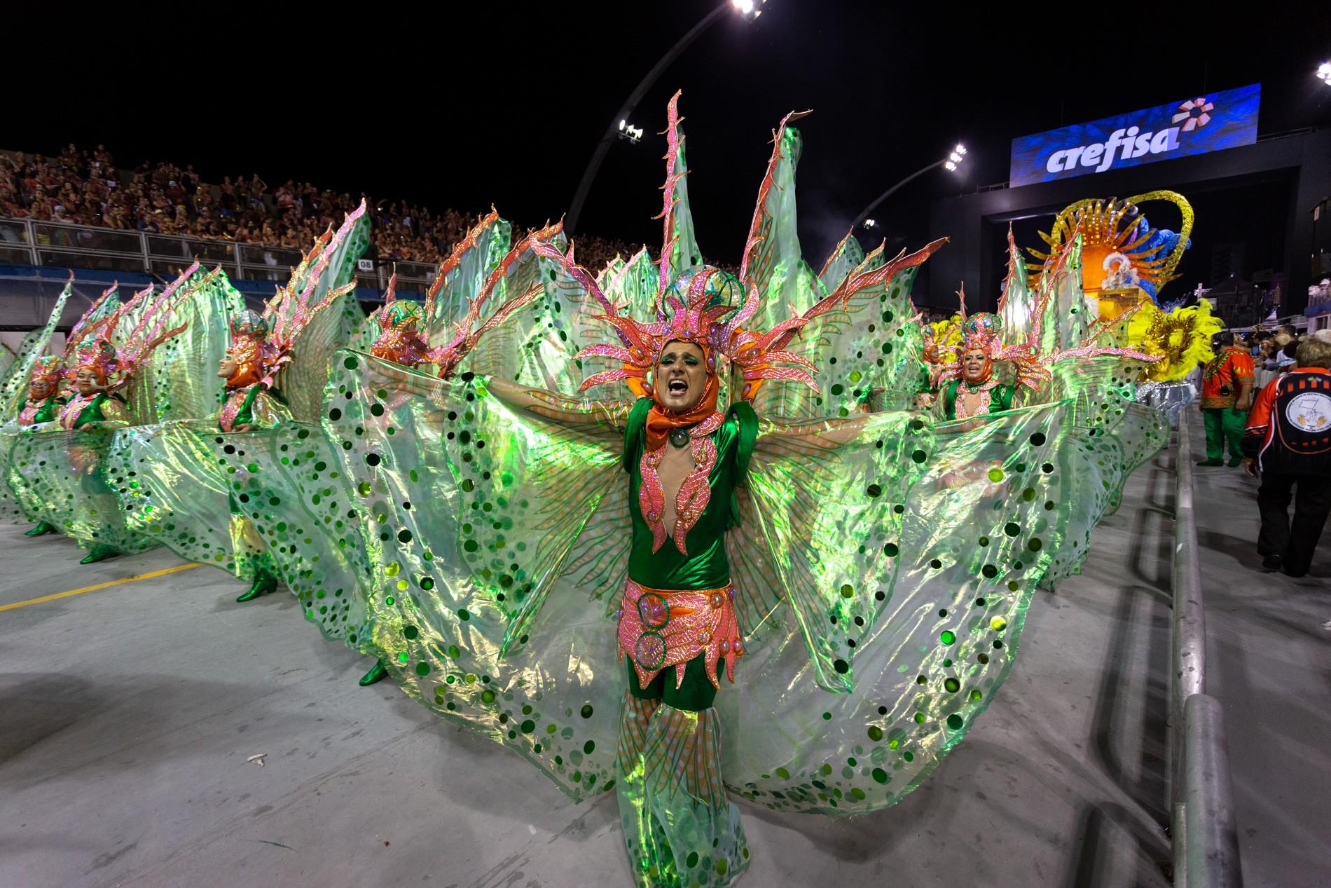 Sete escolas do Grupo Especial do carnaval 2020 desfilam neste sábado em São Paulo
