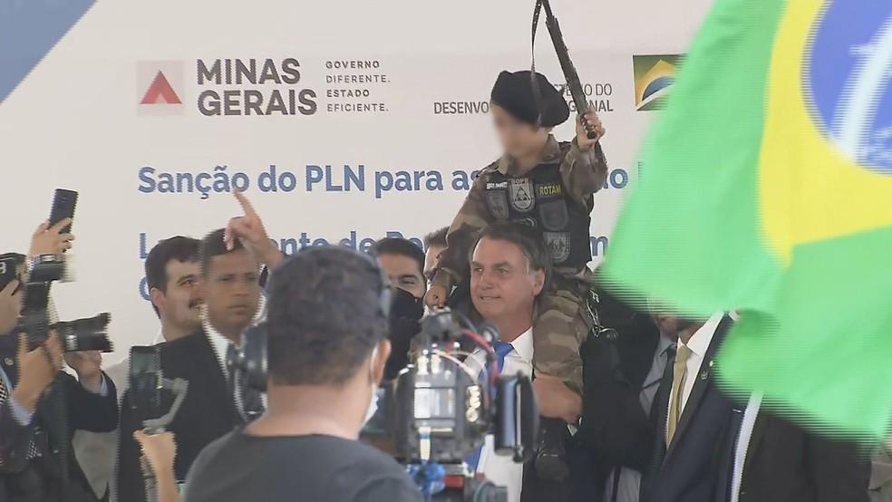 Entidades de Direitos Humanos vão à ONU contra Bolsonaro por foto ao lado  de criança com arma de brinquedo durante visita a BH | Minas Gerais | G1