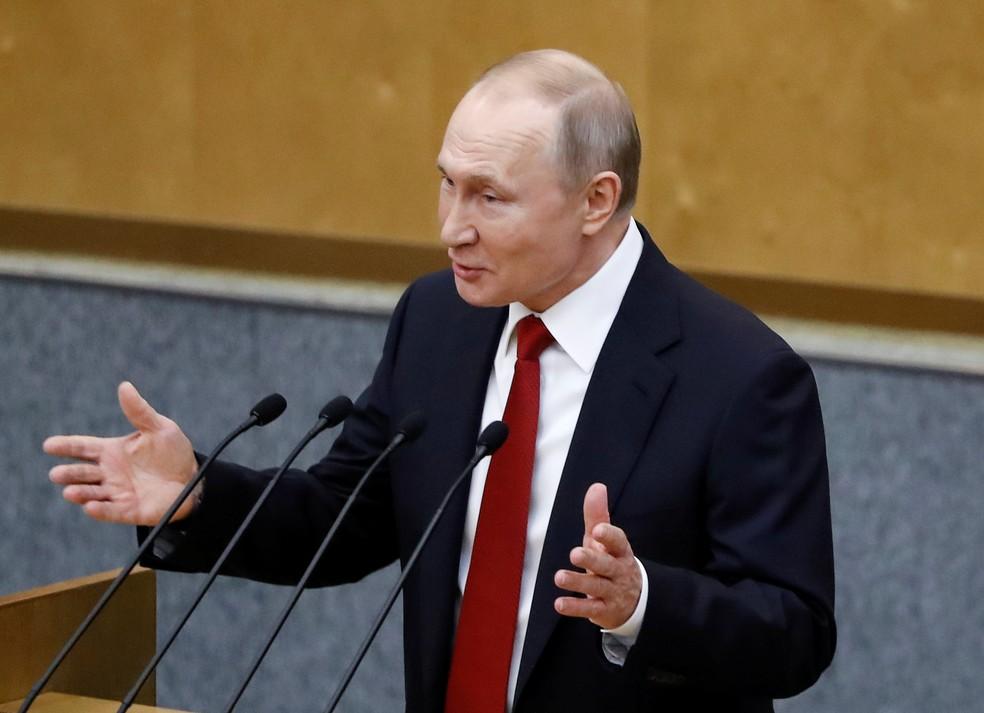 Vladimir Putin fala com deputados no Congresso, em 10 de março de 2020 — Foto: Evgenia Novozhenina/Reuters