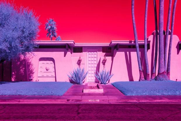 Fotógrafa transforma deserto californiano em paisagem cor-de-rosa (Foto: Divulgação)