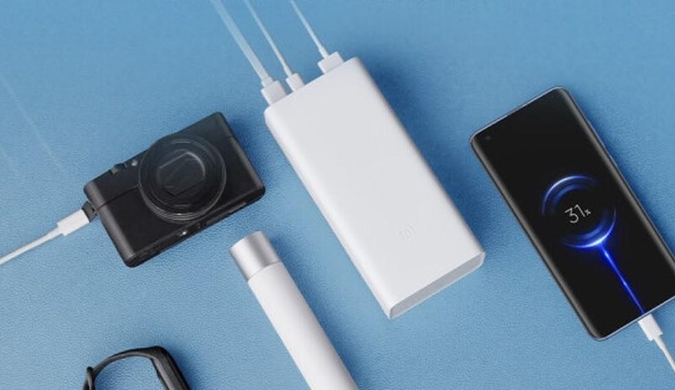 Novo Mi Powerbank 3 conta com carregamento rápido de 18 W — Foto: Divulgação/Xiaomi