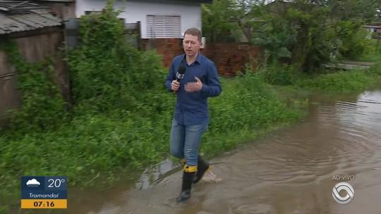 Chuva de granizo danifica casas e causa alagamentos na Zona Sul de Porto Alegre