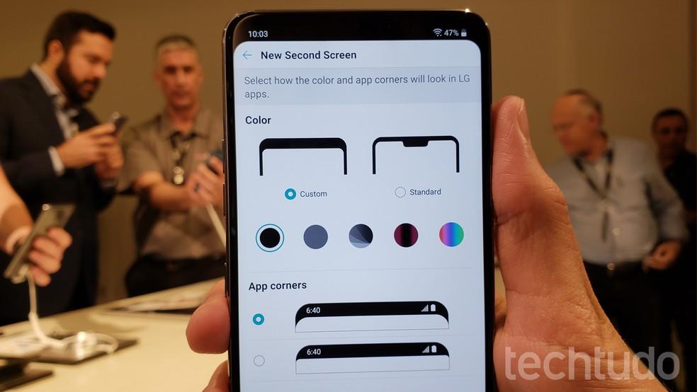 "LG G7 permite ""disfarçar"" entalhe na tela do celular (Foto: Thássius Veloso/TechTudo)"