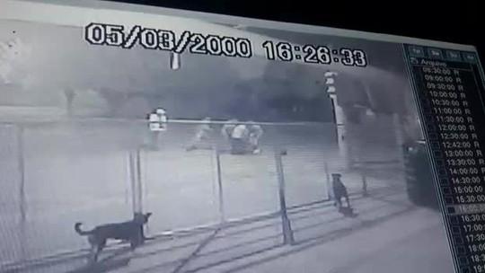 Morador de 71 anos é espancado ao tentar evitar agressão na porta de casa em MT; veja vídeo