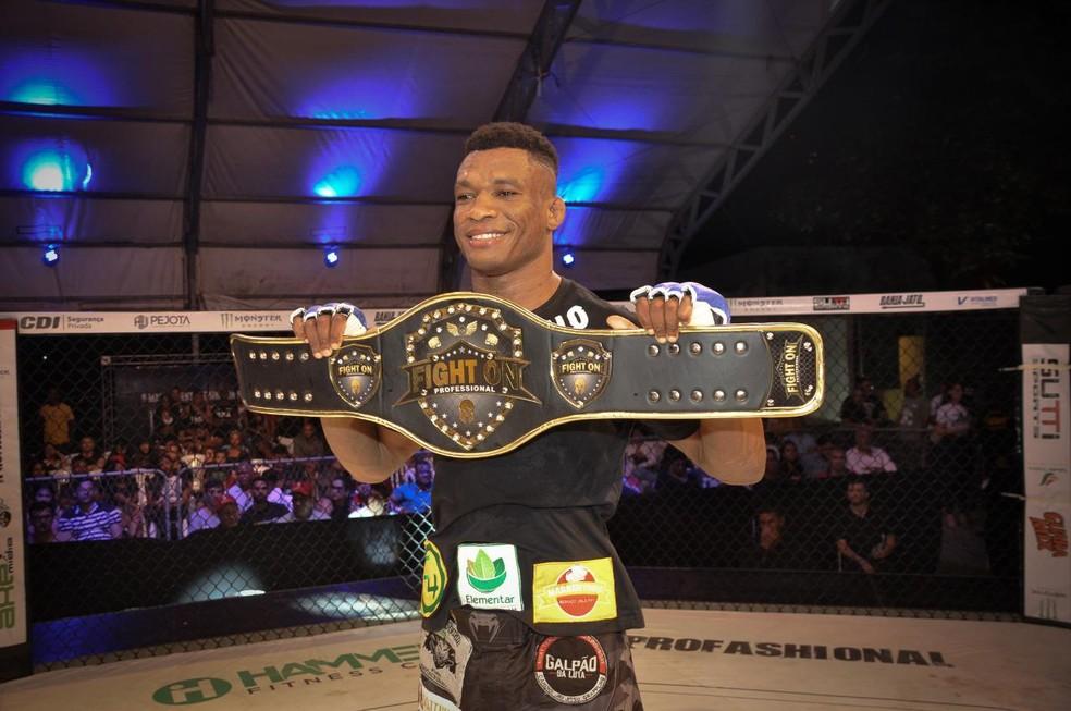 Fight On 6: Malhadinho fatura cinturão, e Edílson
