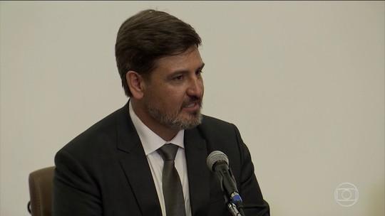 Novo diretor da PF toma posse e dispara críticas contra o Ministério Público