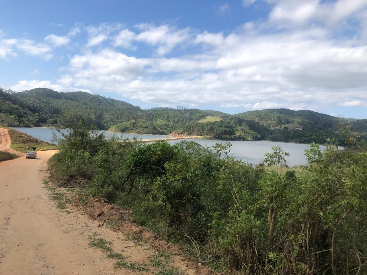 Nível de chuva acumulado em outubro não chega a 50% do esperado para o mês no Sistema Produtor do Alto Tietê, aponta Sabesp