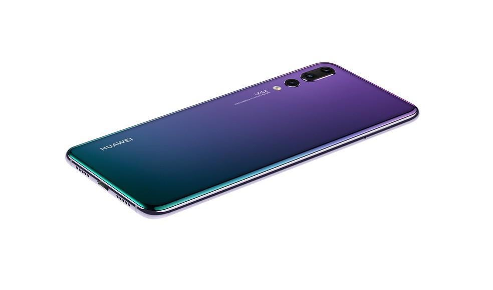 Huawei P20 Pro tem bateria de 4.000 mAh — Foto: Divulgação