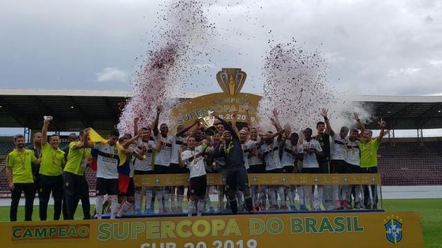 Flamengo vence Palmeiras no placar agregado e é campeão da Supercopa do Brasil sub-20
