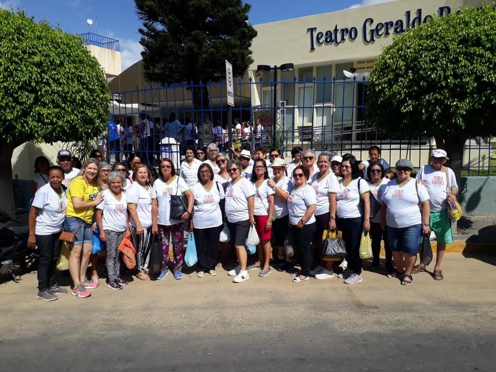 Grupo de idosos do Sesc Pesqueira — Foto: Divulgação