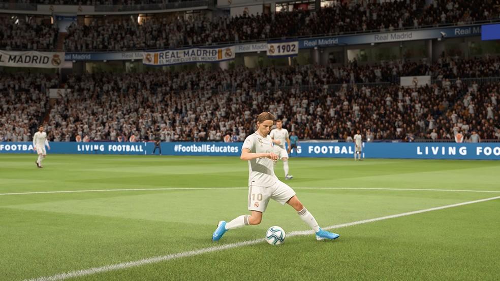 Ex-melhor jogador do mundo, Luka Modric pode ser contratado de graça em FIFA 20 — Foto: Foto: Reprodução/André Magalhães