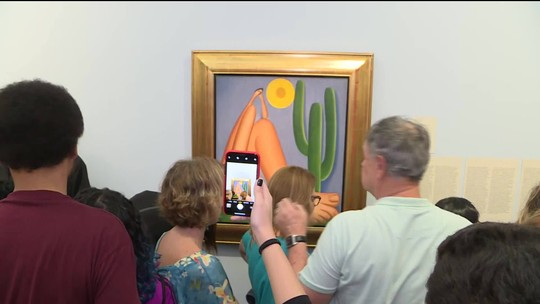Último dia de exposição de Tarsila do Amaral no Masp tem horário estendido até meia-noite