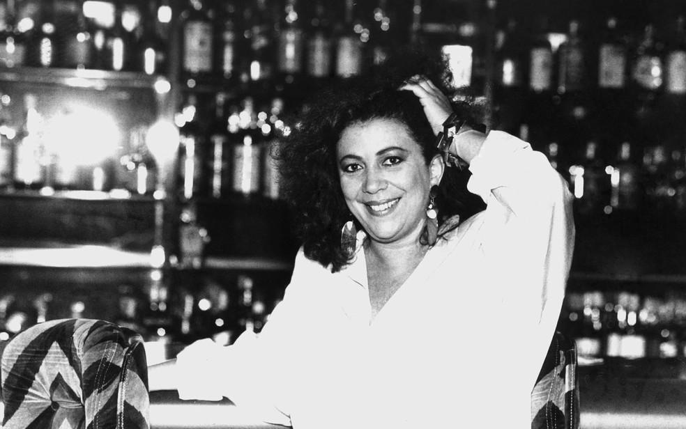 Beth Carvalho posa para foto em 1987 — Foto: Estadão Conteúdo/Arquivo