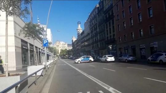 'Vi 2 pessoas voando', diz brasileira em Barcelona
