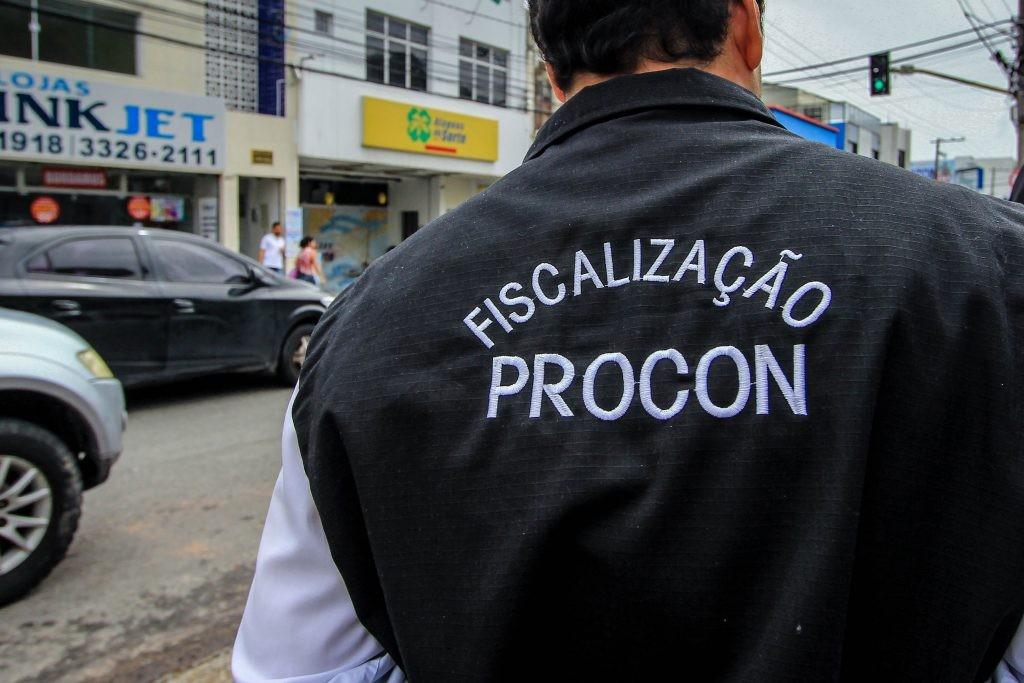 Após denúncias, Procon Maceió fiscaliza casas de empréstimo e correspondentes bancários - Notícias - Plantão Diário