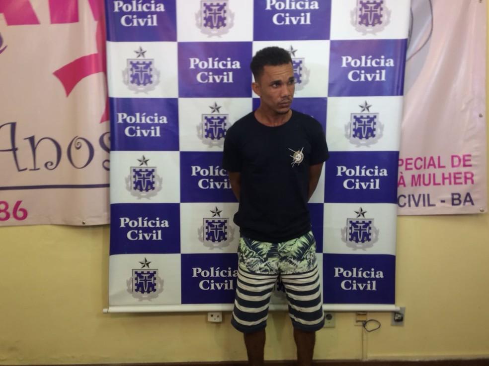Rafael Soares, de 28 anos, esfaqueou a ex-companheira na manhã desta segunda (Foto: Alan Alves/ G1)