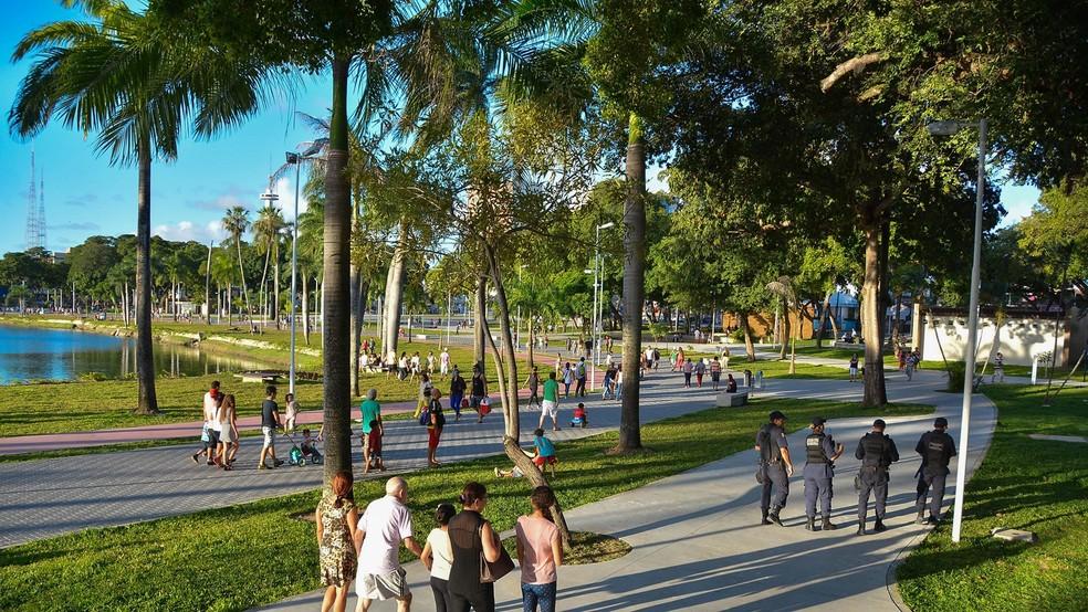 Apesar de arborizada, título de segunda cidade mais verde do mundo de João Pessoa foi ganhado por aclamação; foto mostra o Parque da Lagoa Solon de Lucena (Foto: Dayse Euzébio/Secom-JP)