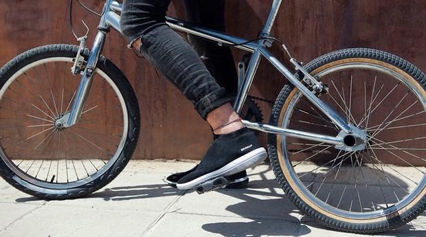 Os sapatos são feitos com cinco garrafas plásticas (Foto: Reprodução/instagram/ecoalf)