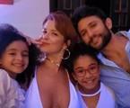 Samara Felippo, Elídio Sanna e as filhas dela, Lara e Alícia | Reprodução/Instagram