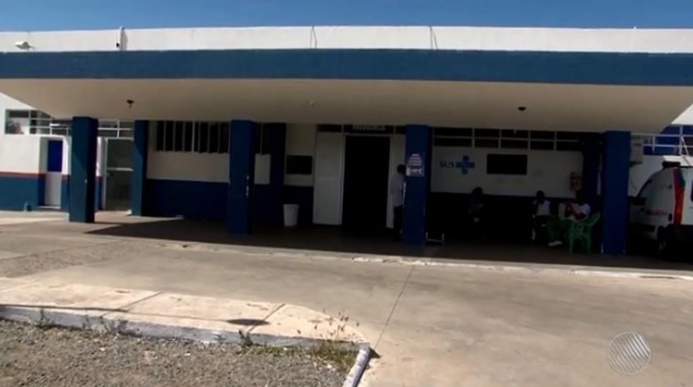 Pacientes que eram atendidos no Hospital Geral de Ilhéus foram transferidos  (Foto: Reprodução/ TV Santa Cruz)