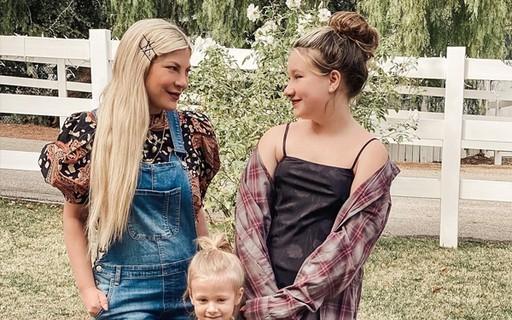 Estrela de 'Barrados' mostra que filha de 12 anos já tem sua altura